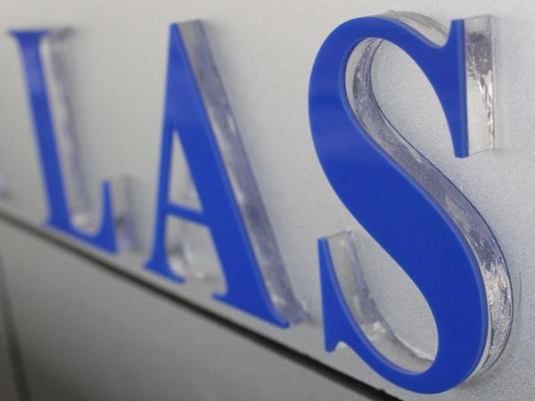 Signage laser engraver